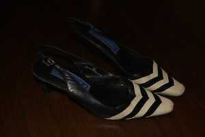 Black and off-white leather sling backs - Size 8B