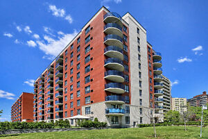 St.Laurent 51/2 condo  for sale