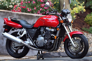 wanted 94 - 95CB 1000  like pic any shape any color,NON runner