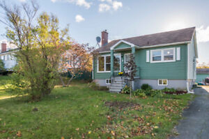 Delightful Home In Eastern Passage