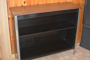 Black Metal Bookshelf / Bookcase / Shelving unit