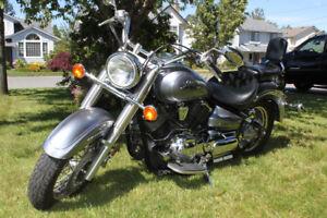 Yamaha VStar 1100 Motorcycle