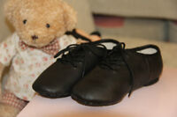 Brand new leather kids jazz dance shoes size13