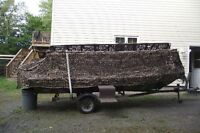 Duck/Jon boat with blind