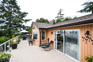Build Your Ocean-View Dream Home Or Enjoy This Updated Home! Downtown-West End Greater Vancouver Area image 7