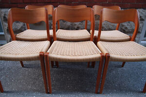 TEAK DINING CHAIRS x 6 - NIELS MOLLER #71 - Mid Century/Mint
