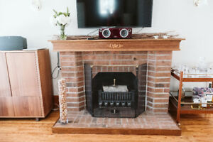 Traditional Fireplace Mantel and kit