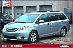 2015 Toyota Sienna LE 8 PASSAGERS - MAGS - BLUETOOTH
