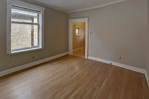 Updated Duplex in South London London Ontario image 2