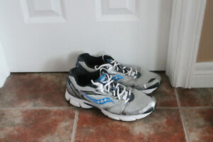 MENS SAUCONY SNEAKERS SIZE 11.5
