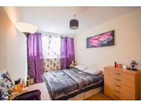 ST** Canary Wharf* Amazing Double Room at £165pw