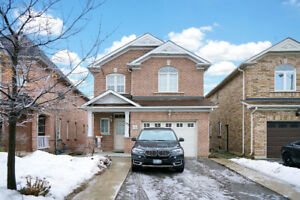 4 Bedroom 2-story house for rent in Vaughan