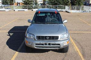 1999 Toyota RAV4 SUV, Crossover