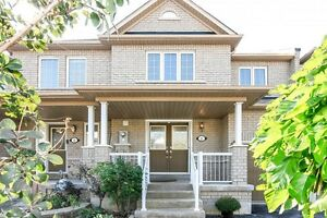 Free Hold Bright spacious Townhouse open house 2-5 today