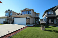 Immaculate 2 Storey in Riverstone For Sale!!