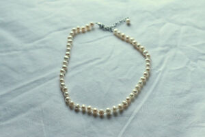 Real Freshwater Pearl Choker Necklace from Banana Republic