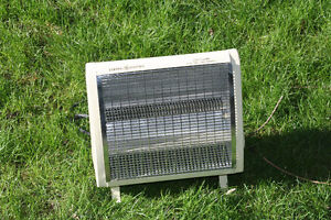 The Heat Is On: Vintage General Electric Heater 1500 watts