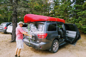 Sequoia - Toyota - Limited Edition - Fully Loaded - 8 passenger