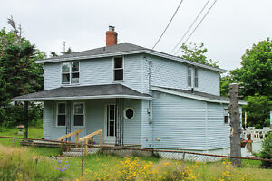 Saltbox home on 1.2 ACRE lot with OCEAN access and view! St. John's Newfoundland image 6
