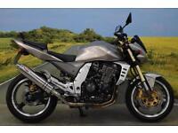 Kawasaki Z1000 2005**SCORPION EXHAUST SYSTEM, PILLION GRAB RAIL**