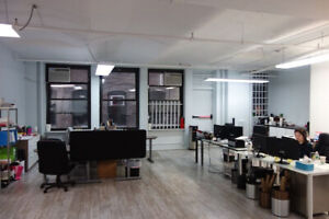 4500 pieds carres renoves a sous-louer/renovated office to suble