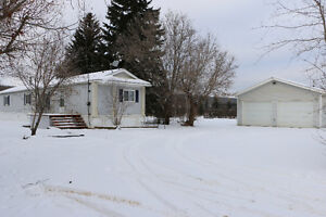 1996 Mobile on 1/2ac Lot With Town Services