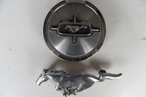 mustang 1967 gas cap and horse emblem off of front grill