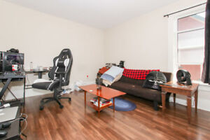All inclusive room available for rent in Oshawa, Athol/King
