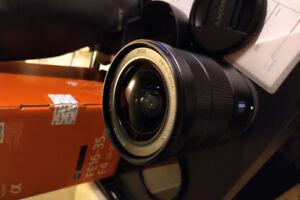 sony FE 16-35mm f4 Zeiss lens full-frame sel1635z e-mount