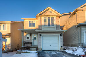 Beautiful 3-Bdrm 2-Storey a MUST SEE in Columbia Forest area!!!