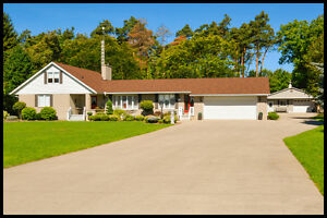 Dream Home on 2.02 Acres in Strathroy