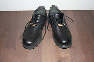 Brand New Leather Shoes Size 14W