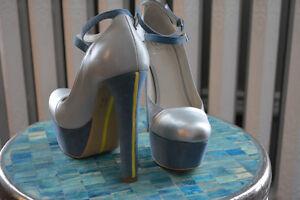 NEW! Alepel eather and suede platform heels