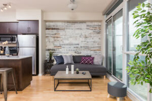 Monthly Rental - Executive Suites - Downtown Toronto - Furnished