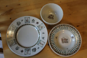Set of 3 Disney Winnie the Pooh Dinner Plates from Disney Store