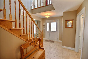 WELL- APPOINTED HOME IN DESIRABLE BROCKVILLE LOCATION Kingston Kingston Area image 6