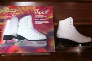 Patin a glace pour femme neuf