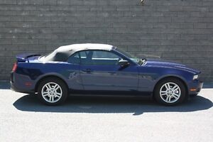 2010 Ford Mustang Convertible (V6) - 55000 KM