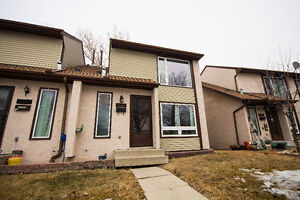 DUNLUCE | #9-12065 162 AVE NW | $195,000