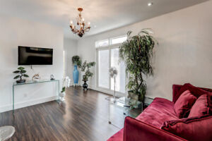 luxury FURNISHED 2 bedroom LOFT - 5m from Downtown Toronto