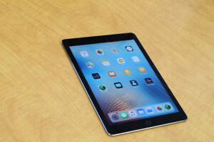 iPad AIR 2– Perfect condition - With Case – Ready to Use