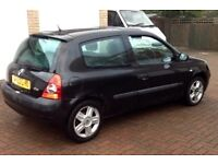 2003 Renault Clio 1.2 16V £300 if gone Tuesday