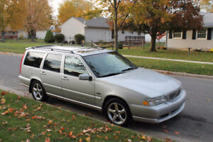 1999 Volvo V70 GLT very quick low pressure turbo! Wagon