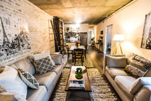 Gorgeous furnished condo in the most sought after King West