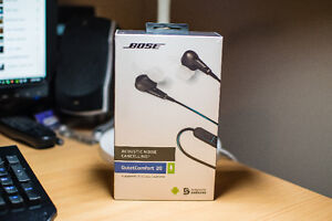 Bose QuietComfort 20 In-Ear Noise Cancelling Headphones with Mic