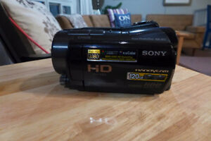 Sony HDR SR 12 High Definition Camcorder  Excellent Condition