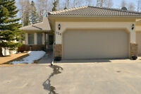 Priddis - Townhouse on golf course