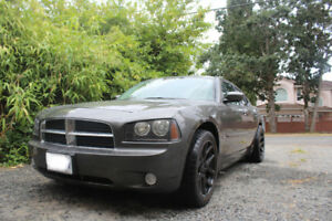 2010 Dodge Charger. Only 83,000 KM!