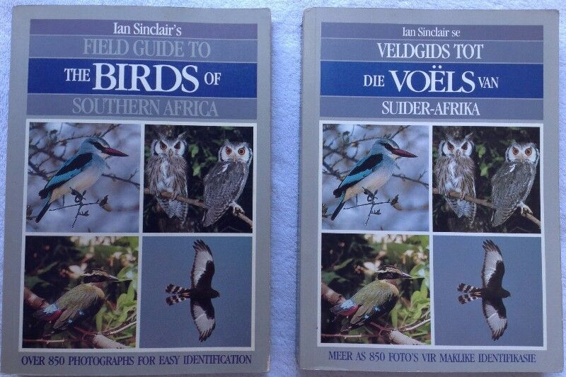 Ian sinclairs field guide to the birds of southern africa english ian sinclairs field guide to the birds of southern africa english and afrikaans books fandeluxe Images