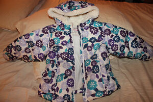 Old Navy 3T girl's winter coat
